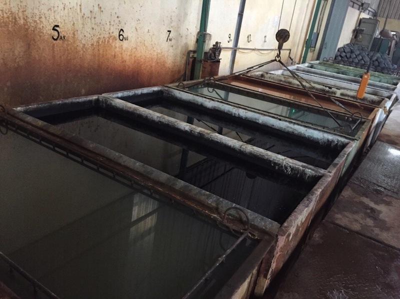 bọc frp bể tẩy dầu